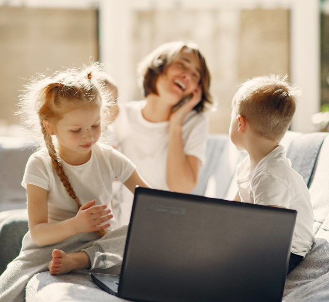How to engage your kids during lockdown– without relying on the TV